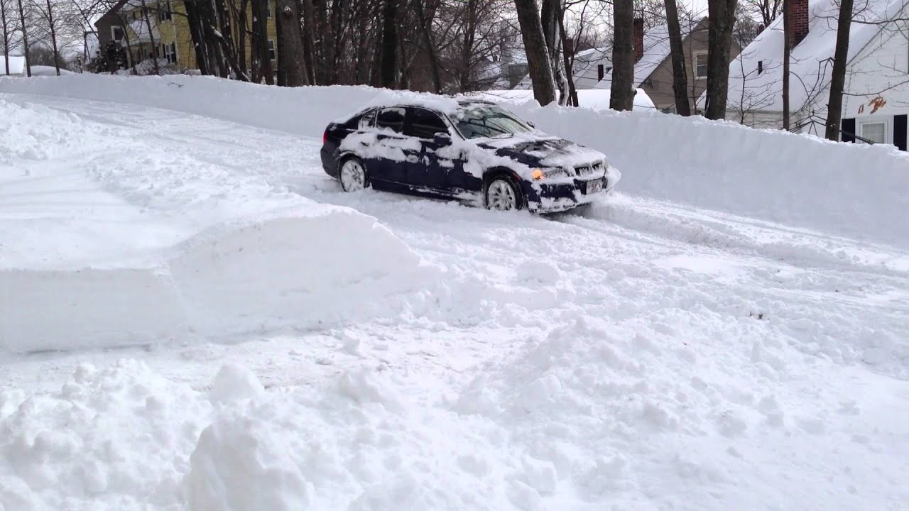 Bmw 328i Xdrive In Snow Youtube