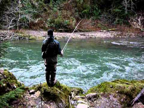 Winter steelhead fly fishing with dead drift presentation for Fly fishing strike indicator