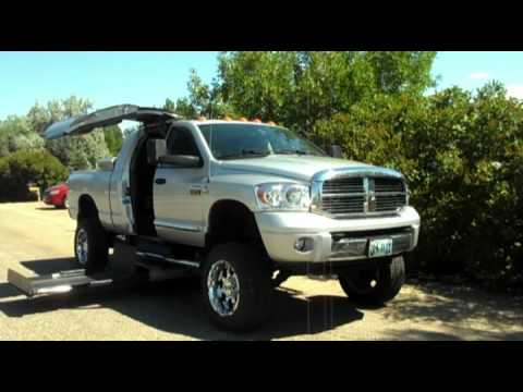 Wheelchair accessible truck doovi for 2 story wheelchair lift