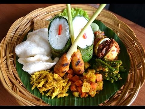 Nasi Campur Traditional Culinary Of Bali Indonesia Wisata Kuliner Hd Youtube
