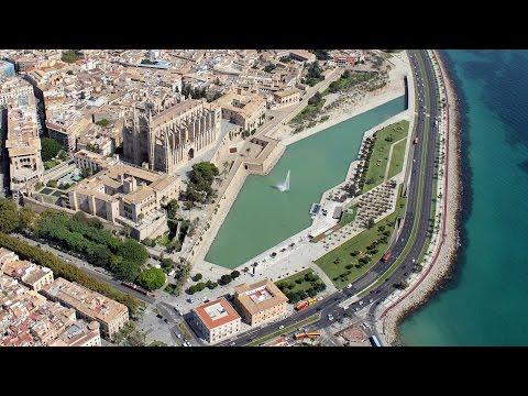 Rundflug über Mallorca nach Andratx entlang der traumhaften Küste