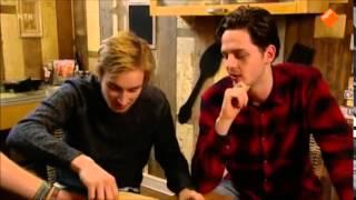 Nieuws uit de natuur, Tom en Yannick eten  de heetste peper van Westlandpeppers