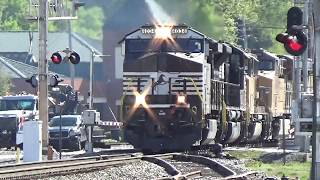 norfolk southern 23d wb with cool crew 5 engines austellga 04 20 2018©