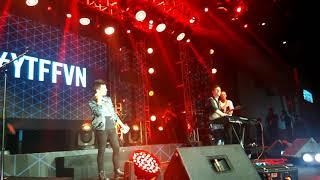 "[Fancam] Sam Tsui hát tiếng Việt ""My Kool Vietnam"" Youtube Fanfest Vietnam 2017"