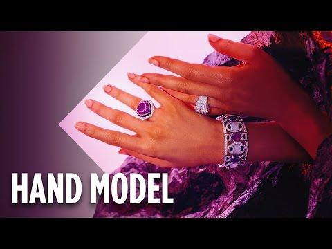 Meet The Supermodel Of Hands