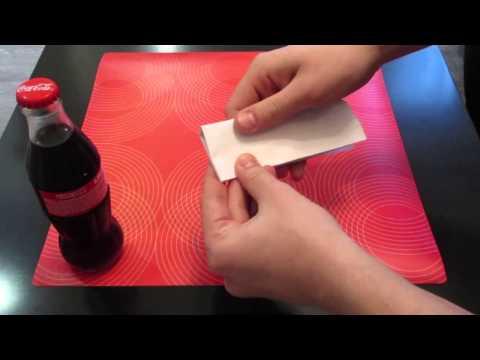 Как открыть бутылку листом бумаги!