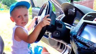 We are in the Car The Wheels on the Bus Song Nursery Rhymes & Kids Songs