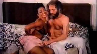 Repeat youtube video FILME   -    AS    LOUCURAS    DE    UM     SEDUTOR   1976