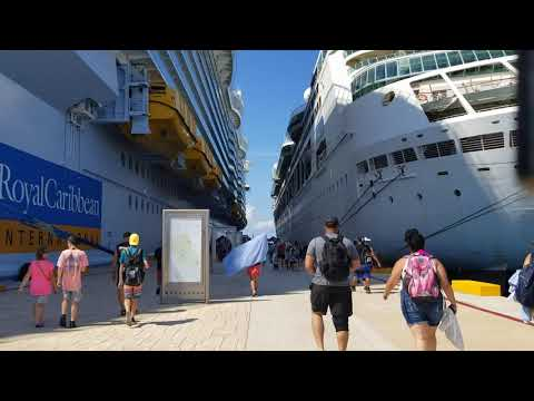 How Big is Symphony of the Seas , Docked at Cozumel Mexico
