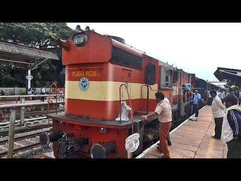 SAND BOX Refilling ALCo WDM3D : Indian Railways