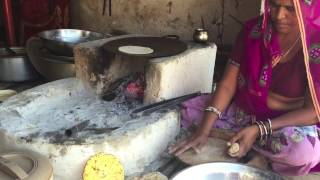 Indian Food Flatbread (Roti) at a Village Dhaba | Fresh Rotis by a Village Woman in Rajasthan