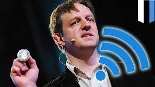 Li-Fi delivers internet 100 times faster than Wi-Fi via LED light bulbs - TomoNews