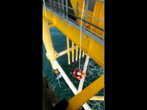 1718 sca rope access offshore windfarm paint inspection.MOV