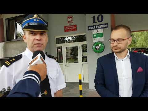 Iława. Strażacy Oddali Do Użytku Ogólnodostępny Defibrylator.