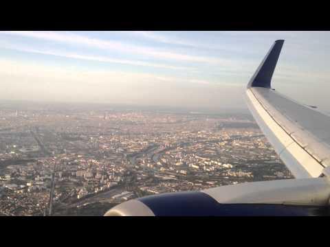 Delta 767-300 landing in Paris