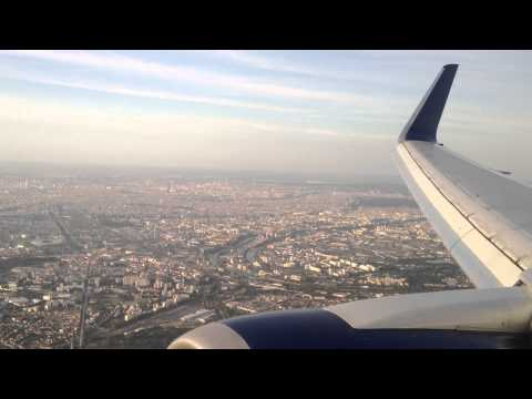 Delta 767-300 Landing In Paris