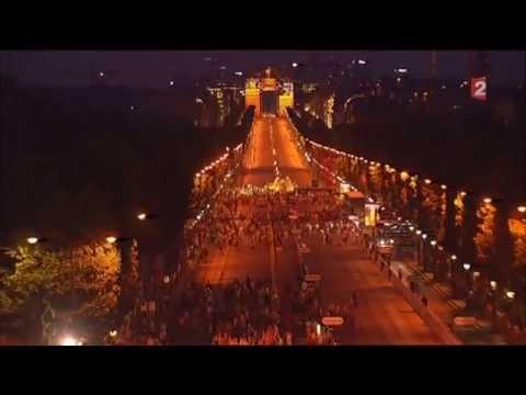 Podium Tour de France 2013 mapping Arc de Triomphe