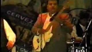 Grupo Maravilla - Jorge Chavez M. (Un sorbito de champagne)
