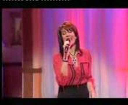 Jane McDonald sings 'You're My World' on Loose Women