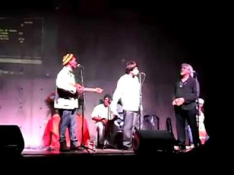En el X Festival Mundial de Poesía Caracas 2013 los vision book de Falcomer y Nazzaro