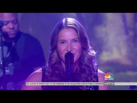 Caroline Jones - Bare Feet (Live on the Today Show)