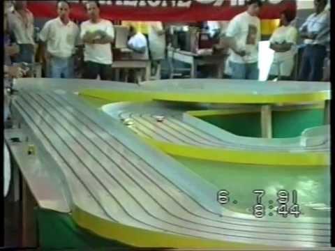 Slot Racing Cars Bandini Endurance Europeo 1991 1di 5.mpg