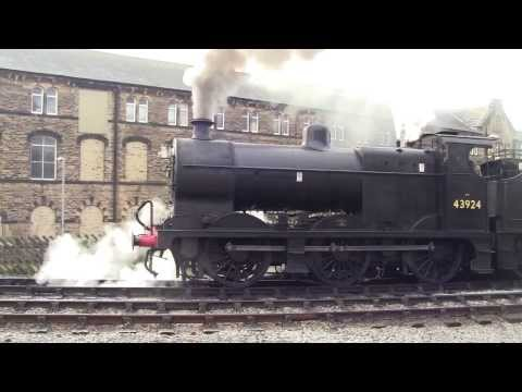 Keighley and Worth Valley Railway - Winter Steam Spectacular 2014 - Keighley Station