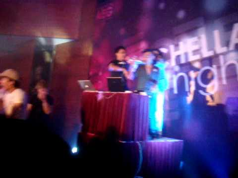 [Coachella Night 2012] Em Yêu Ảo Lòi - Yanbi ft TMT playback \m/