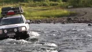 EXTREM RIVER CROSSING SIBIERIA - TOYOTA LAND CRUISER 200 V8