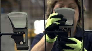 Топор GARDENA Axes 2013(http://masterasada.su/g3567050-sadovaya-tehnika На видео можно увидеть процесс производства и испытаний нового топора от Gardena...., 2013-10-24T11:22:34.000Z)