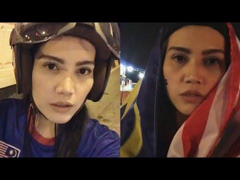 Sempoi! Elyana pergi stadium naik moto jer tengok final bolasepak Sukan Sea Malaysia vs Thailand