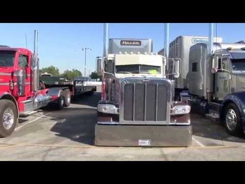 Phil Miller Livestock Peterbilt 389 And Cattle Pot At TFK 2014