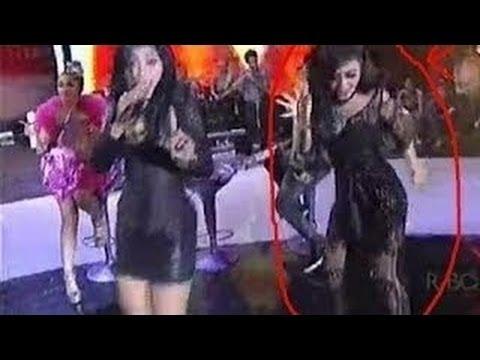 Syahrini Joged Goyang Koplo Hot sEKSI Abis Konser Di Malang Terbaru 2014