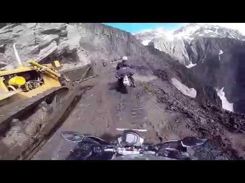 KTM DUKE 390 Scary Zoji la Pass Leh Ladakh 2016 [GOPRO HERO 3]