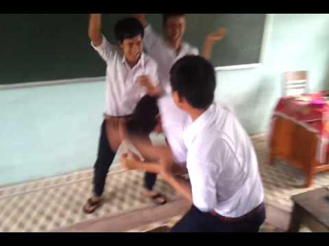 hoc sinh thpt Nui Thanh chem nhau