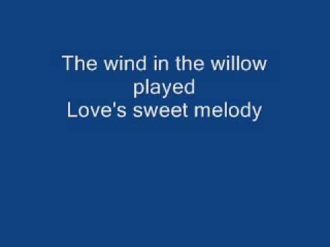 Blueberry hill - Fats Domino Lyrics