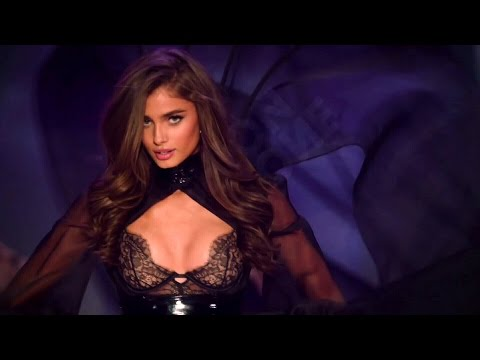 Taylor Hill Victorias Secret Runway Walk Compilation 2014-2016 HD