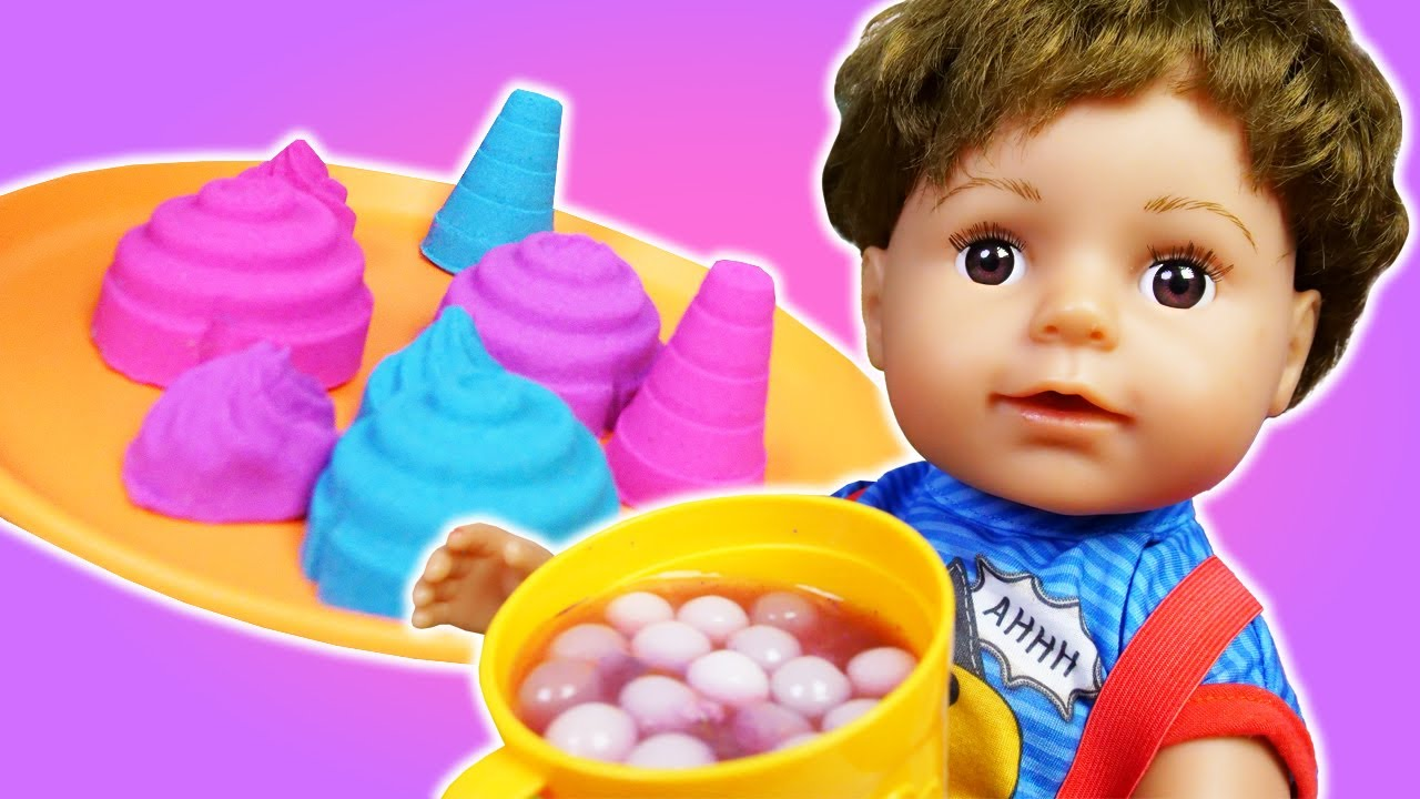 Pretend play cooking toy food & Kinetic sand food for baby doll boy. Baby Born doll & doll food.