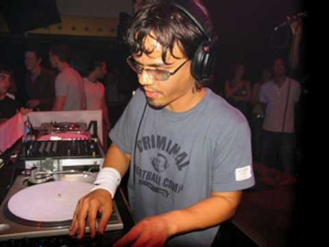 Dj Roog - About the groove