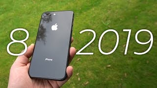 iPhone 8 in late 2019 - worth buying? (Review)