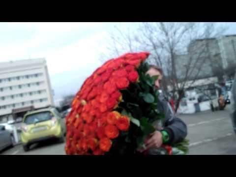 Самый большой букет роз для мамы!