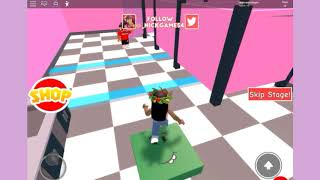 Playing escape school obby| Roblox| Sweet Sunday