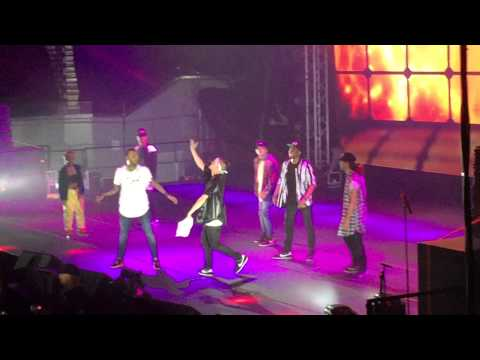 Chris Brown Live in Manila dances freestyle - Flex (Ooh, Ooh, Ooh) Rich Homie Quan