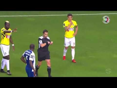 Polémica: Vítor Bruno (FC Porto - Boavista)