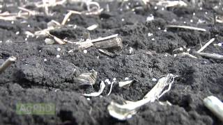 Farm Basics #866 - Fertilizing In The Fall (Air Date 11/9/14)