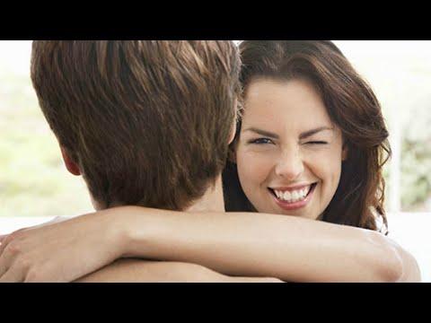 """[Tâm sự Phòng The] Mỗi lần """"gần"""" chồng, tôi lại muốn"""