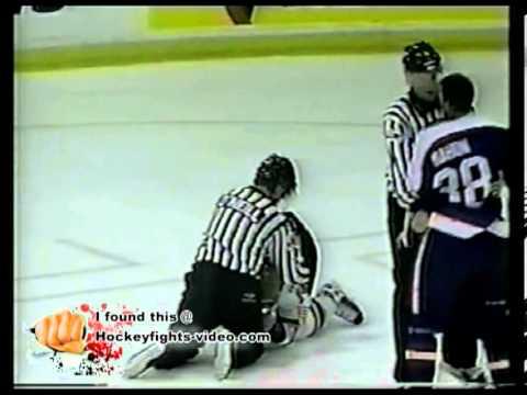 Mar 9, 2002 Craig Mahon vs Chris Rowan Windsor Spitfires vs Brampton Batallion OHL