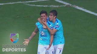 Víctor Guzmán anota el gol del título para Pachuca