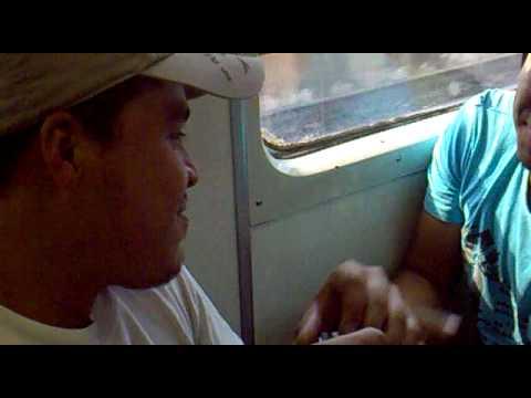 Jalandose las barbas en el metro Sergio vs Israel