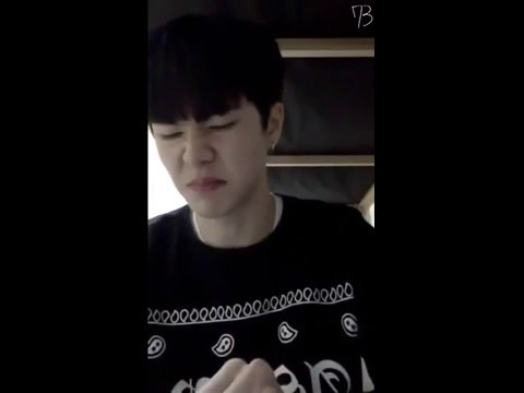 김동한(OUI) PRODUCE 101 Kim Dong Han CUTE MOMENT (3)